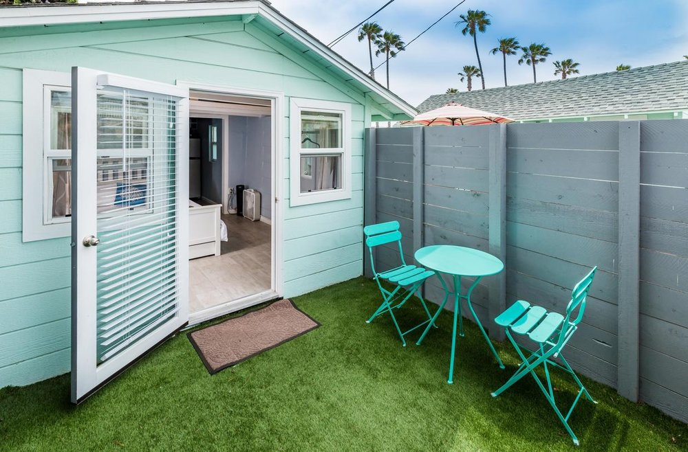 Pacific Bungalow & Tiny House -
