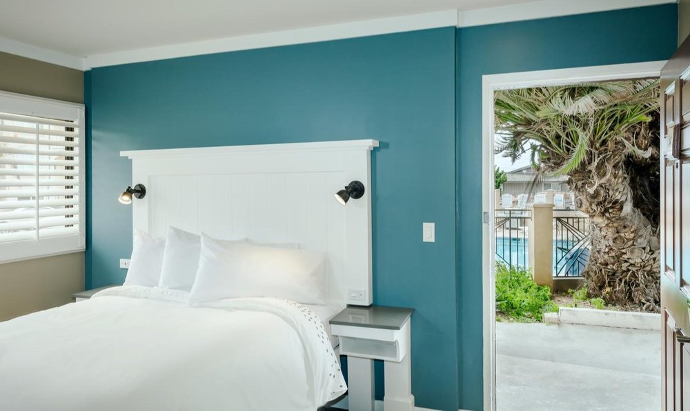 Pacific Shores Inn -