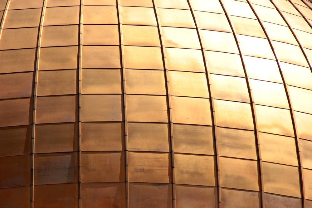 Bronze squares. Image c/o Unsplash / 9096 on Pixabay, published under CC0 1.0.