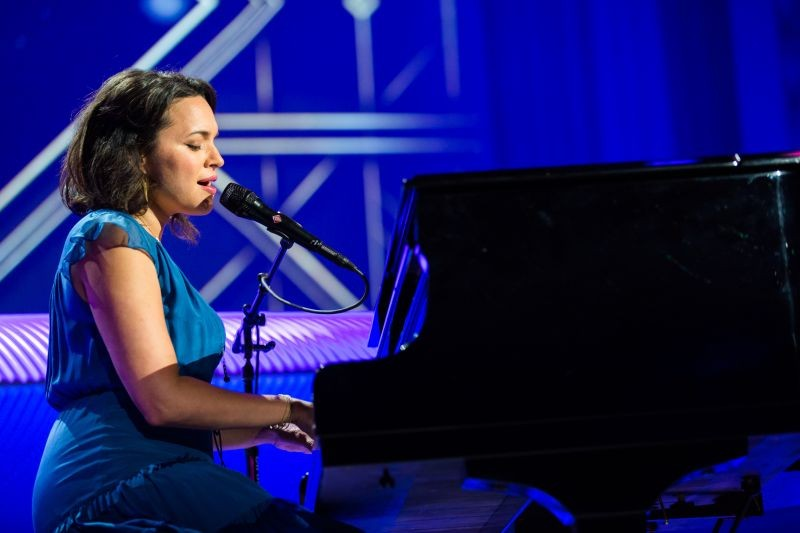 Performance by Norah Jones during the unveiling event