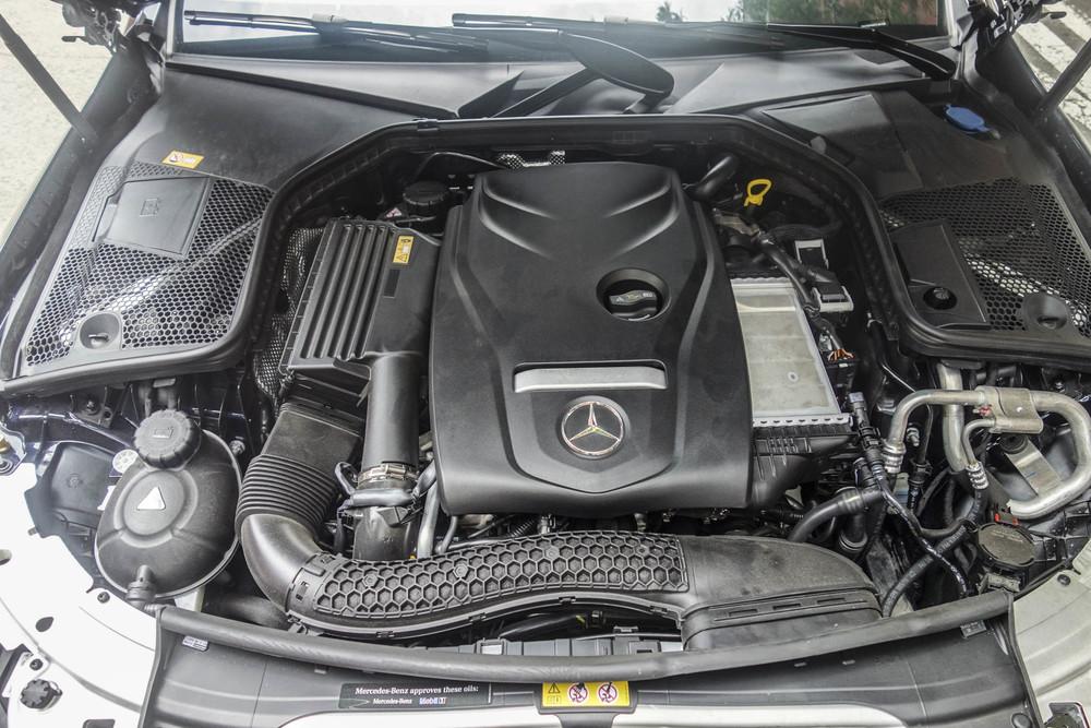 The 2.0-liter engine.Photographer: Hannah Elliott/Bloomberg
