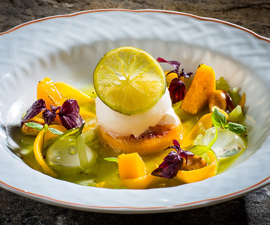 Gin & Tonic Sorbet with caramelised mango, cucumber & peanuts