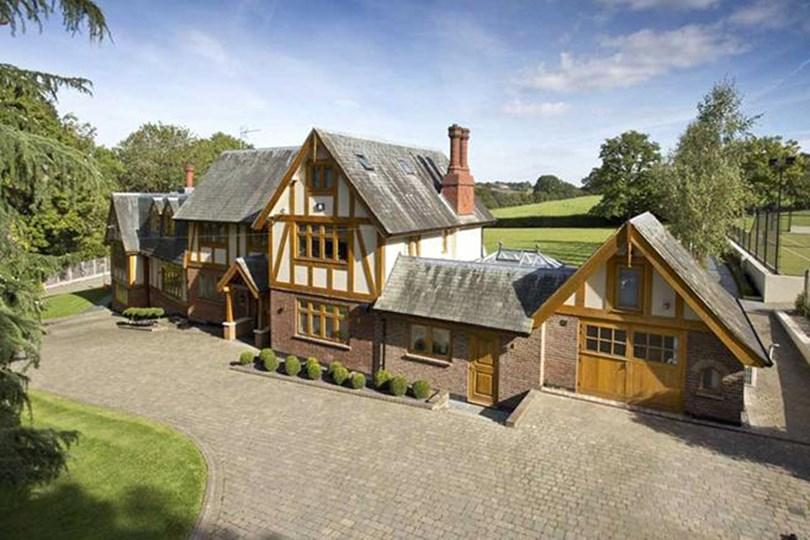 2)Hertfordshire The spec: 8 bedrooms, POA