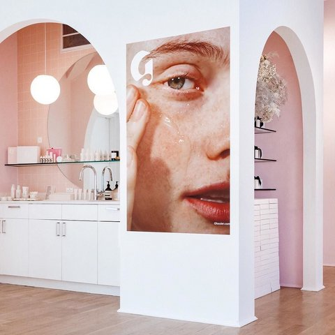 Glossier's new penthouse showroom at 123 Lafayette Street.                         Photo: Courtesy of Glossier / @glossier
