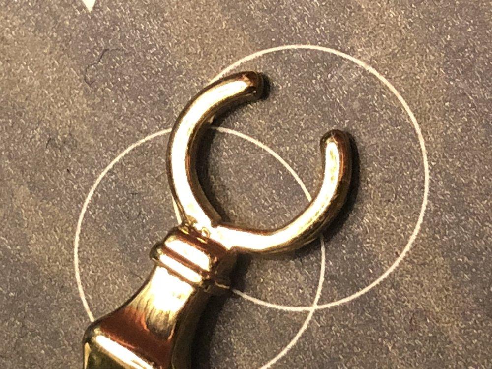 cigarette ring detail