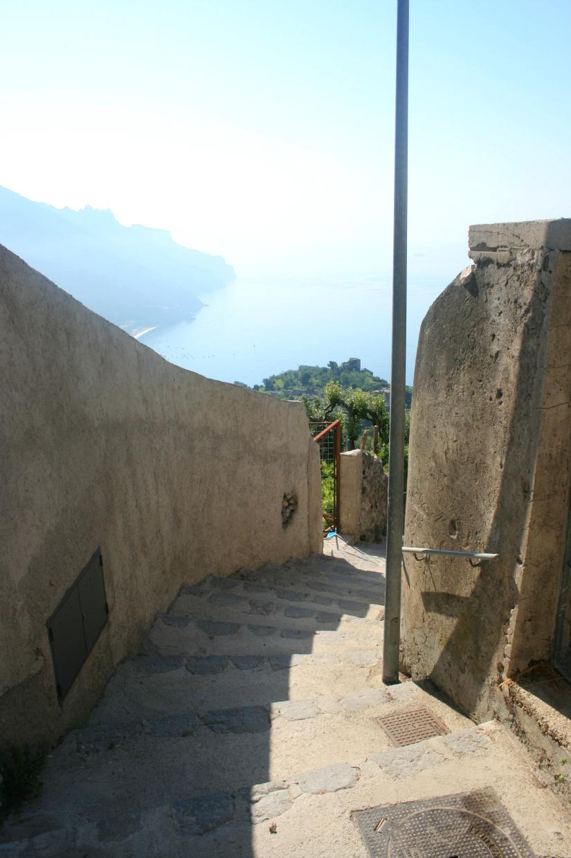 walkway1.jpg