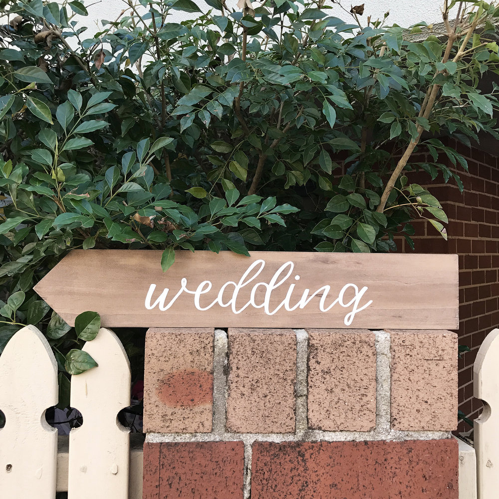 Hunting Louise Wedding Directional Sign.jpg
