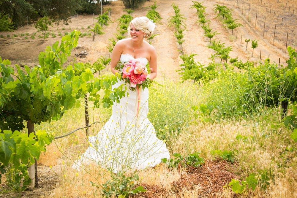 Still Waters Vineyards Wedding019.jpg