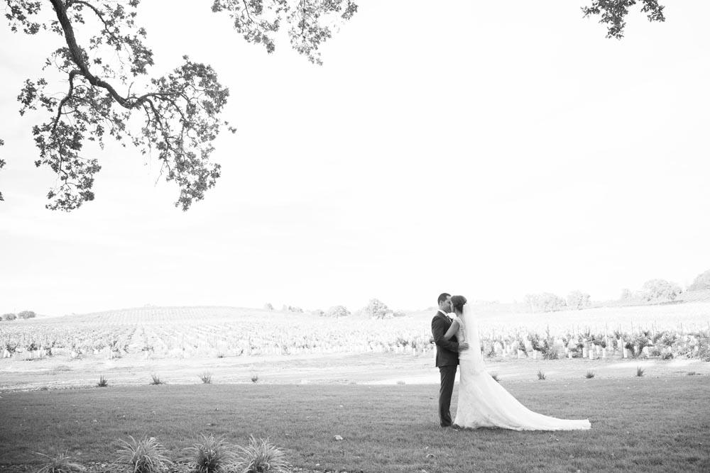 Summerwood Winery and Inn Wedding017.jpg