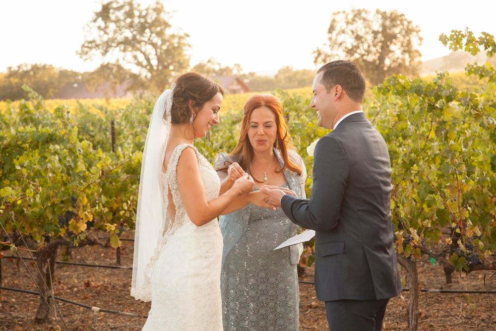 Summerwood Winery and Inn Wedding030.jpg