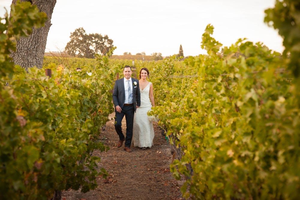 Summerwood Winery and Inn Wedding035.jpg