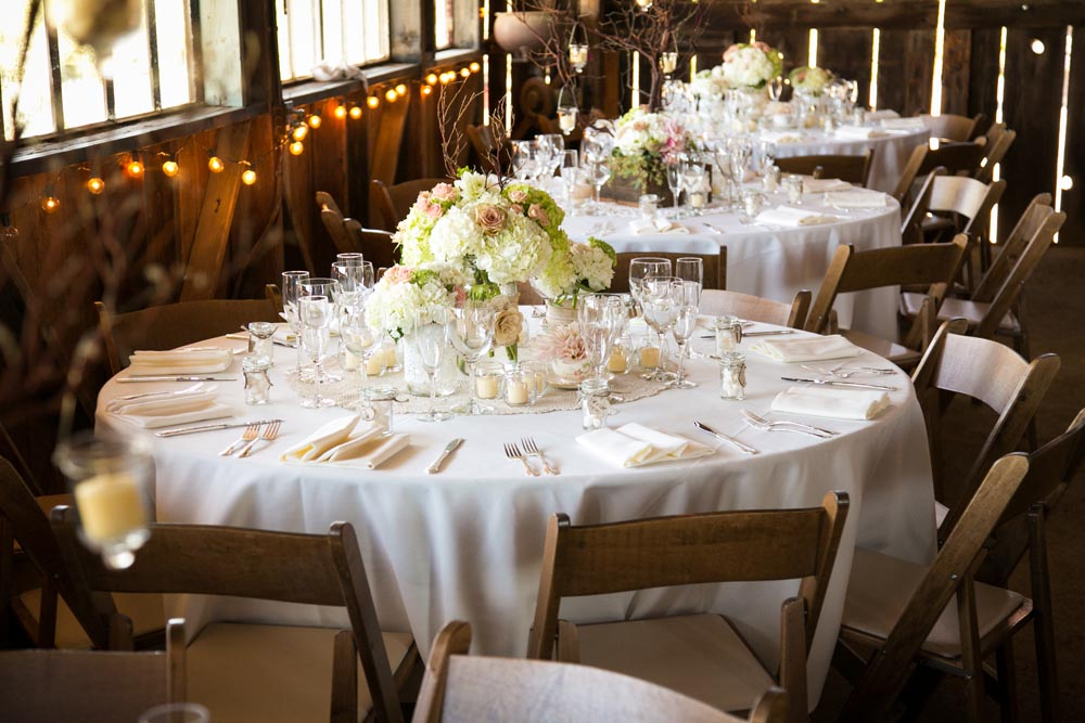 Dana Powers Barn Wedding003.jpg