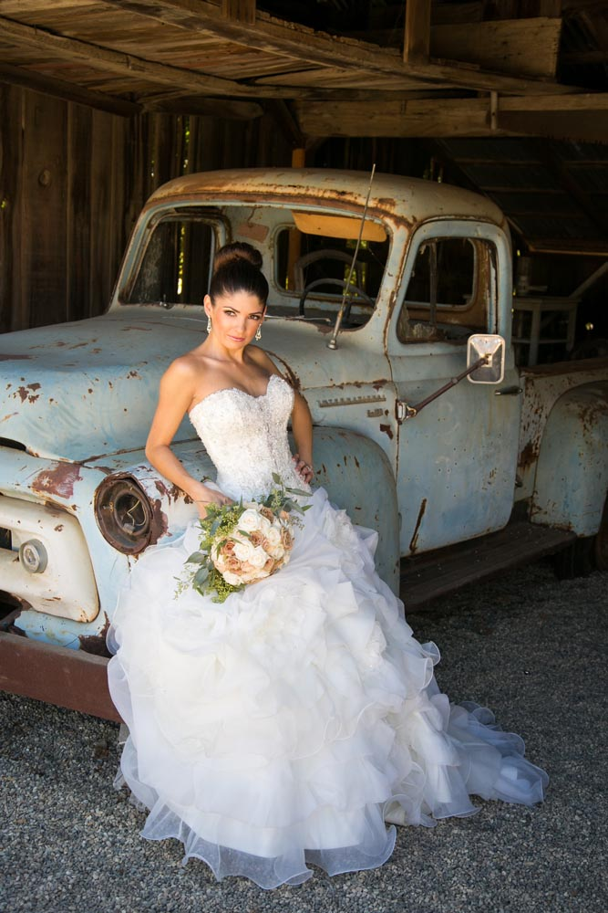 Dana Powers Barn Wedding034.jpg