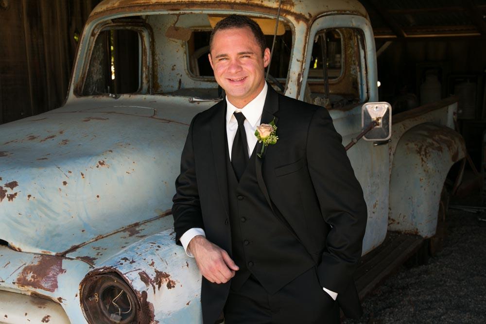 Dana Powers Barn Wedding046.jpg