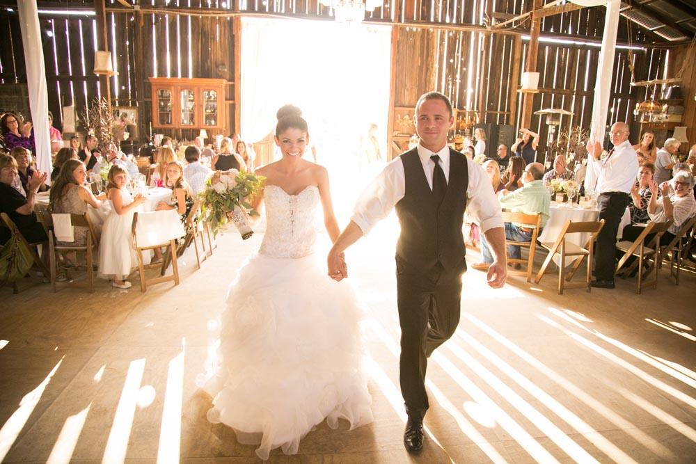 Dana Powers Barn Wedding086.jpg