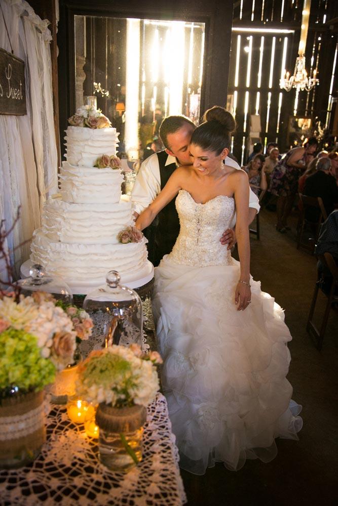 Dana Powers Barn Wedding092.jpg