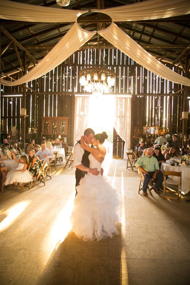 Dana Powers Barn Wedding097.jpg