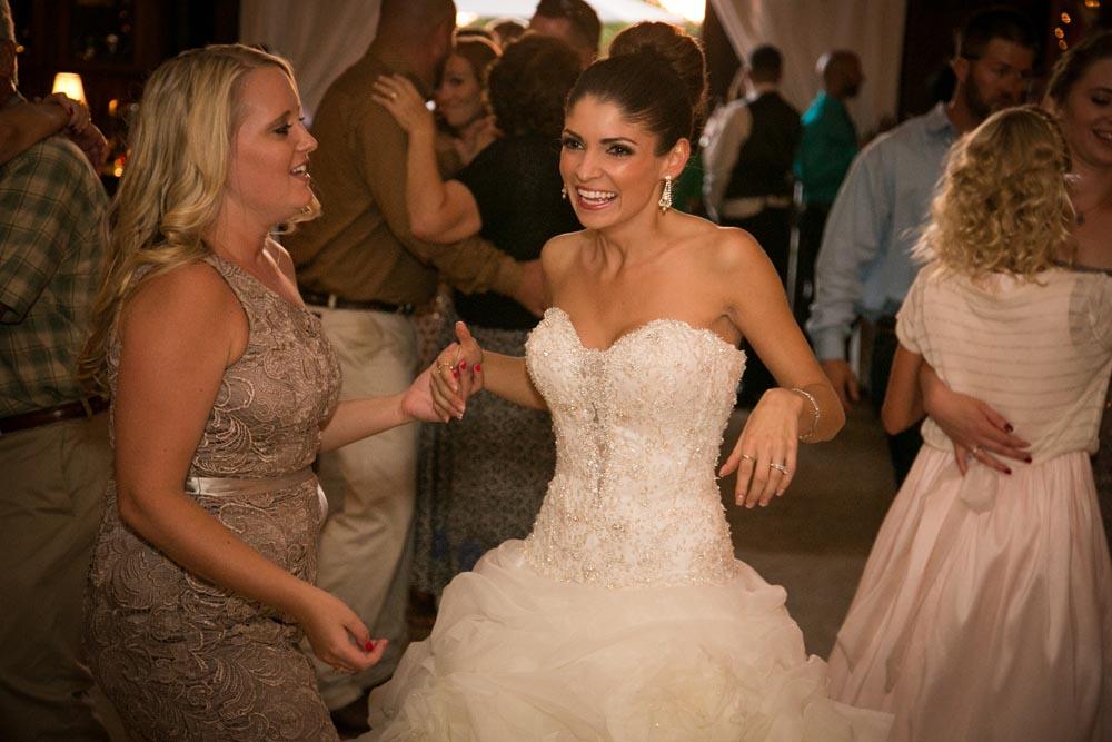 Dana Powers Barn Wedding105.jpg