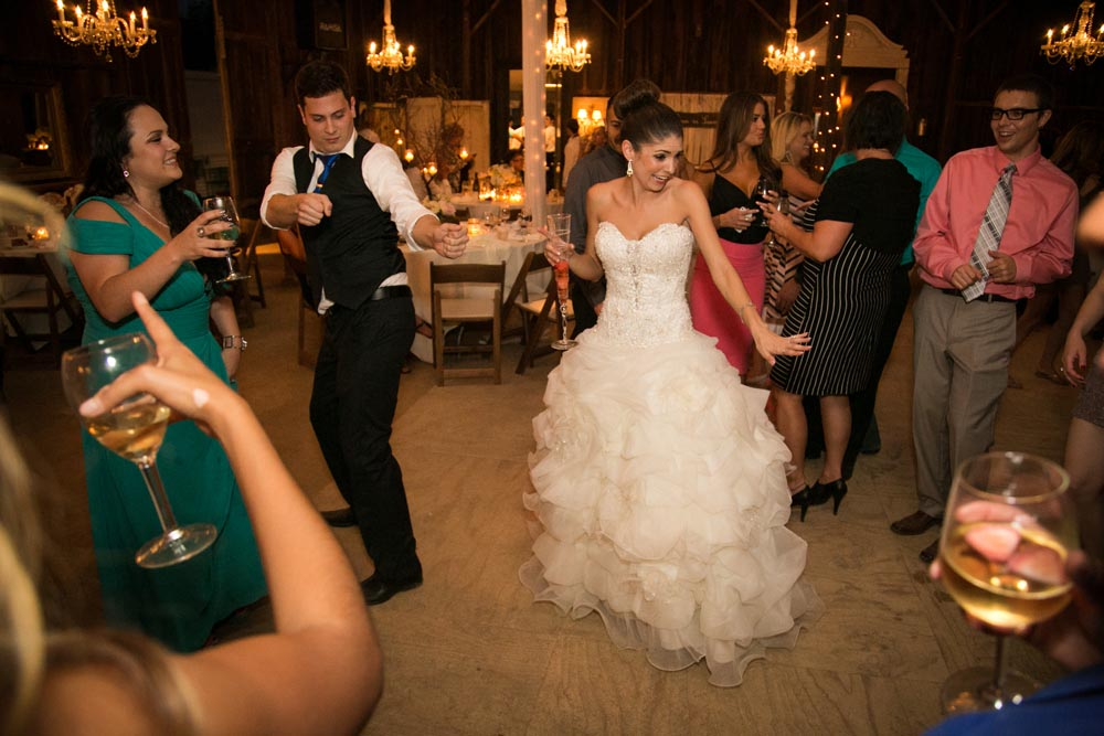 Dana Powers Barn Wedding107.jpg