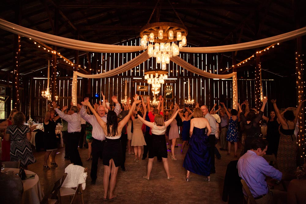 Dana Powers Barn Wedding116.jpg