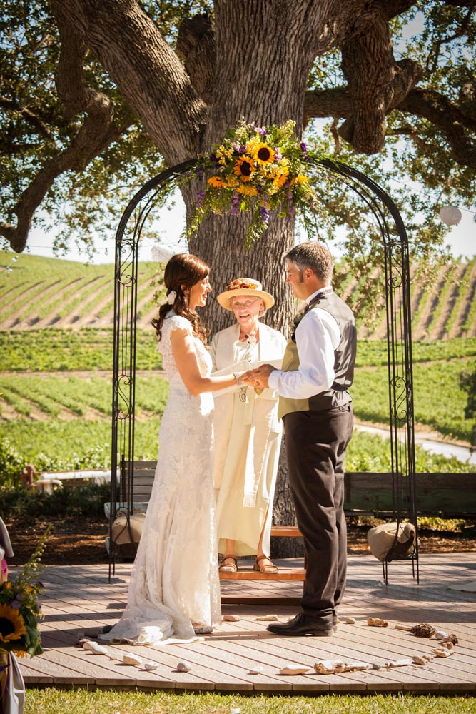 Pomar Junction Vineyard Wedding020.jpg