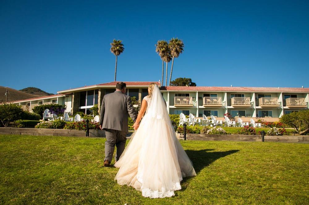Shore Cliff Lodge & Ventana Grill Wedding 098.jpg