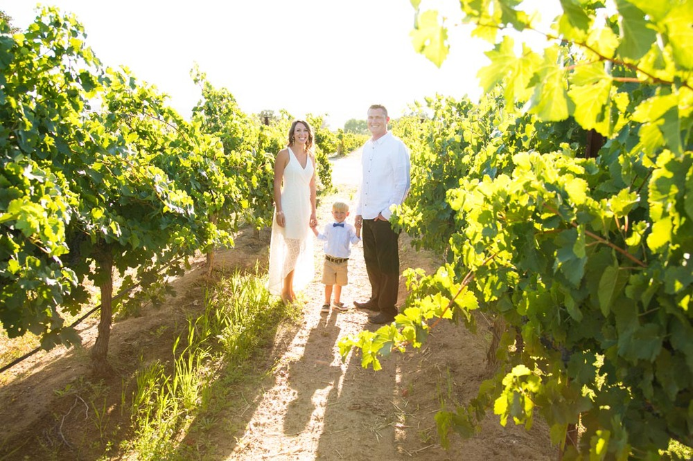 Le Vigne Winery Family Portraits001.jpg