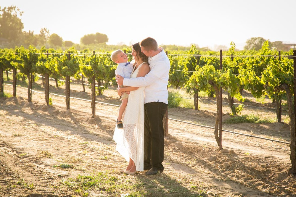 Le Vigne Winery Family Portraits061.jpg