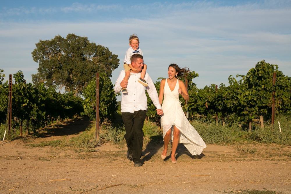 Le Vigne Winery Family Portraits075.jpg
