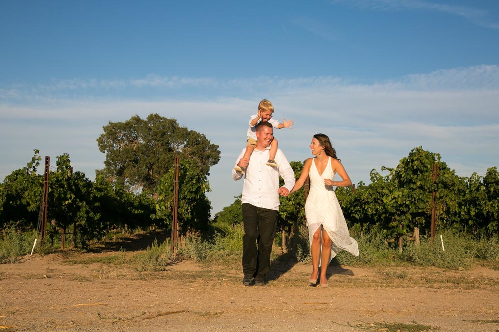 Le Vigne Winery Family Portraits077.jpg