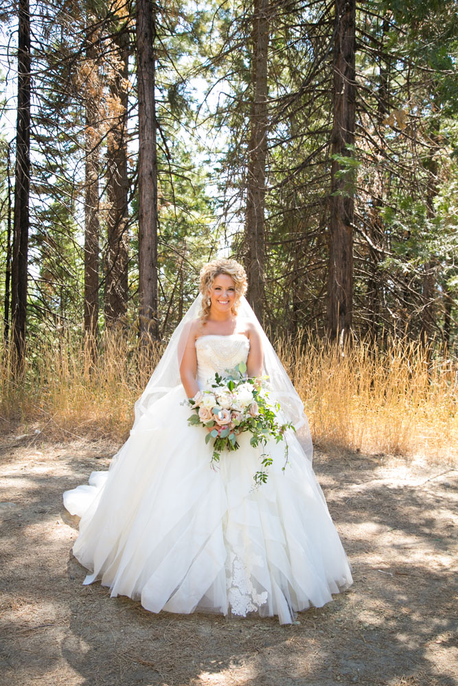 Yosemite Wedding Photographer Tenaya Lodge034.jpg