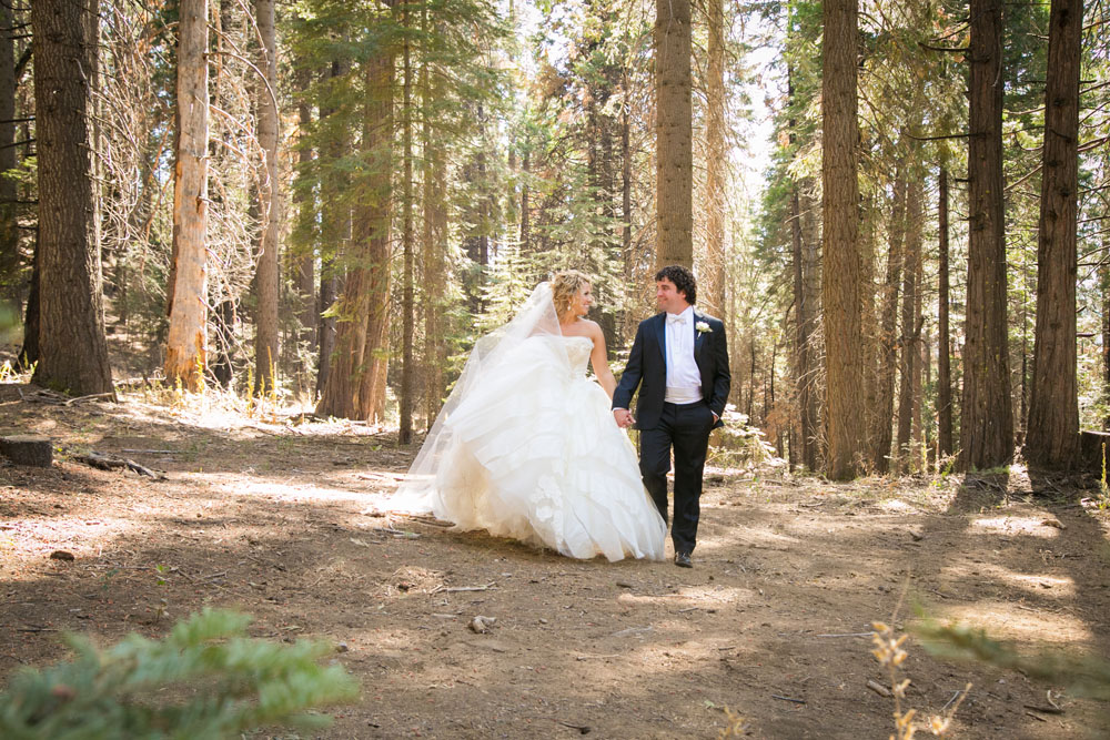 Yosemite Wedding Photographer Tenaya Lodge077.jpg