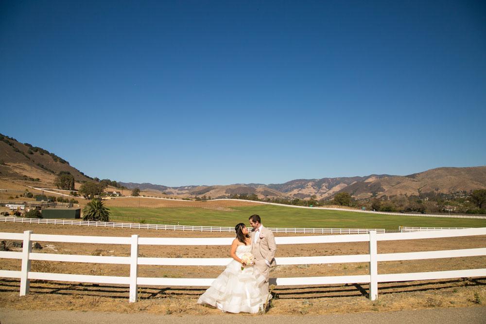 San Luis Obispo Wedding Photographer Madonna Inn 079.jpg
