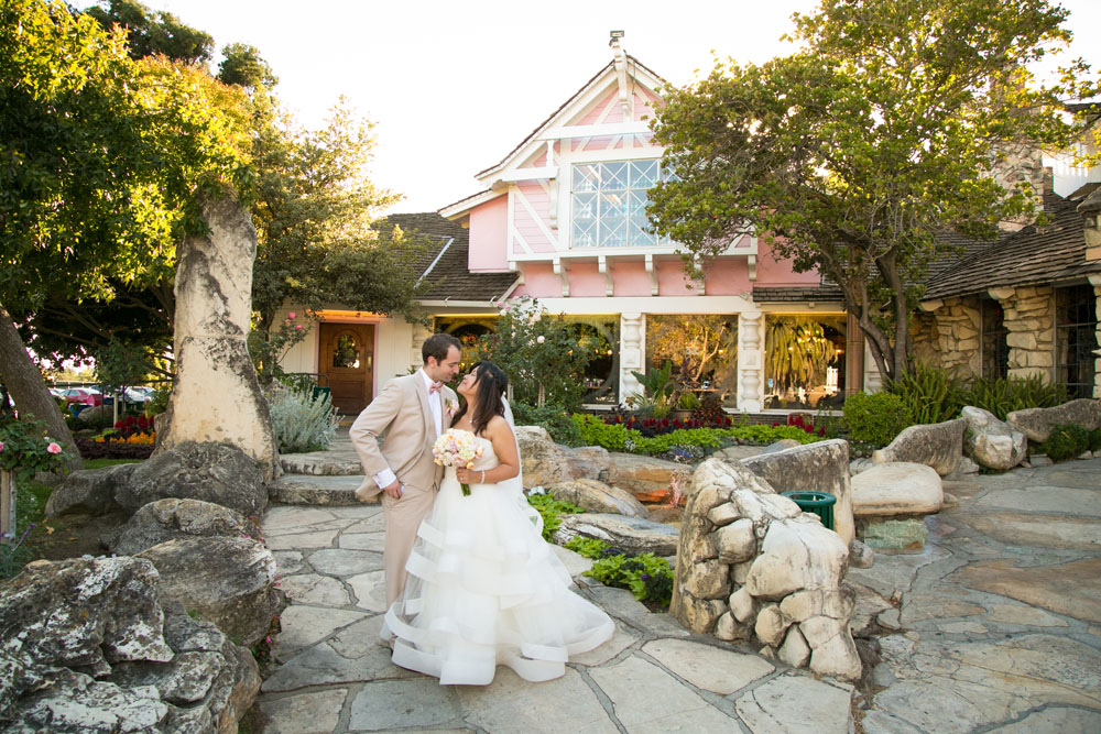San Luis Obispo Wedding Photographer Madonna Inn 125.jpg