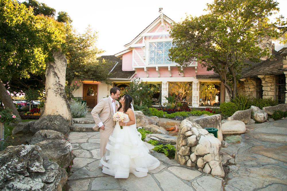 San Luis Obispo Wedding Photographer Madonna Inn 125.jpg