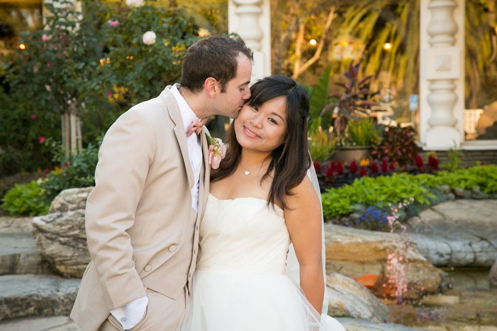 San Luis Obispo Wedding Photographer Madonna Inn 127.jpg