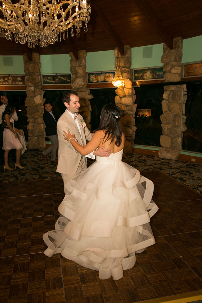 San Luis Obispo Wedding Photographer Madonna Inn 143.jpg