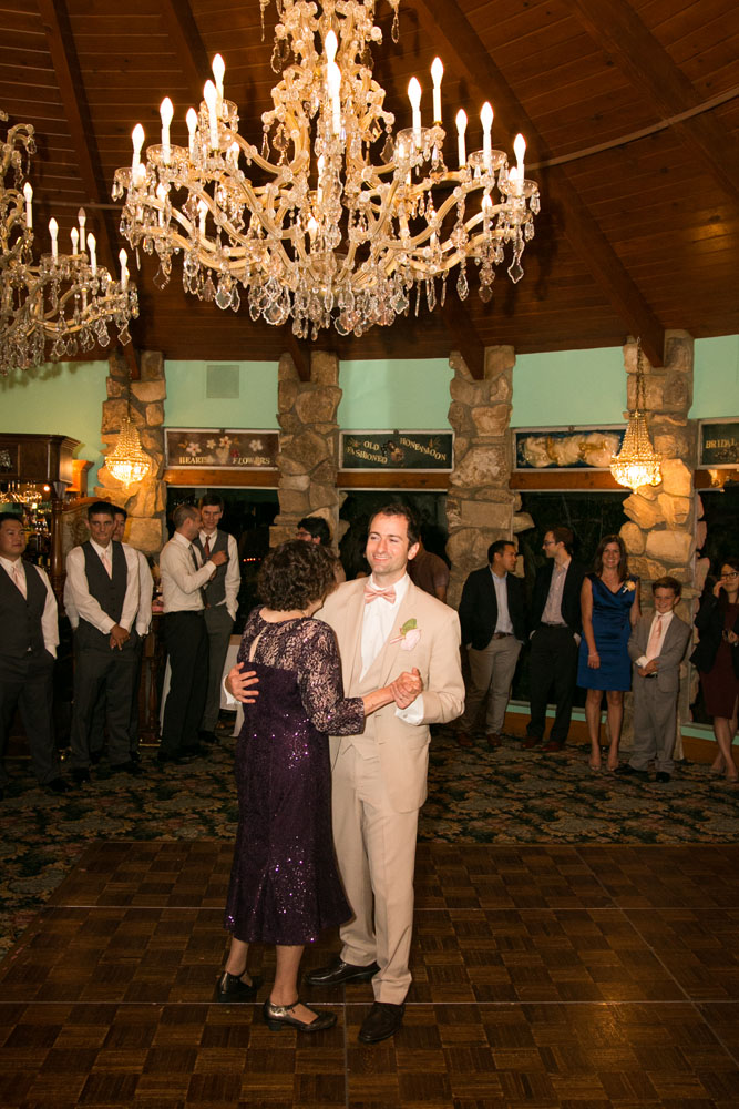 San Luis Obispo Wedding Photographer Madonna Inn 145.jpg
