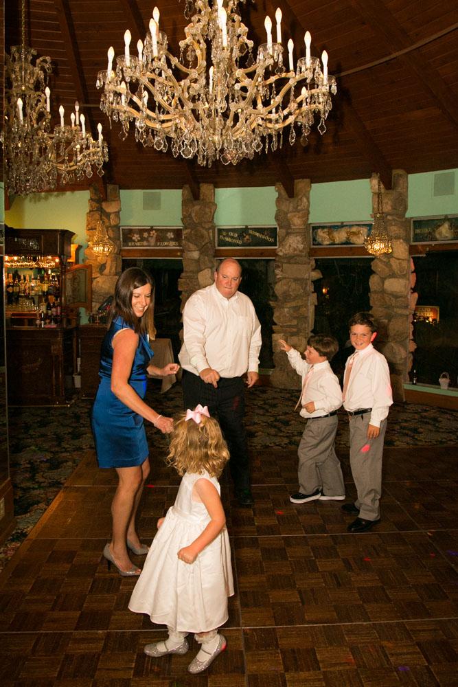 San Luis Obispo Wedding Photographer Madonna Inn 150.jpg