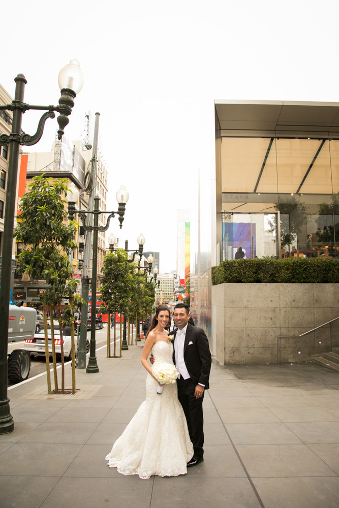San Francisco Wedding Photographer Union Square 153.jpg