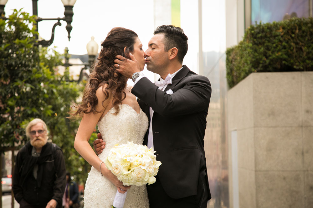 San Francisco Wedding Photographer Union Square 155.jpg