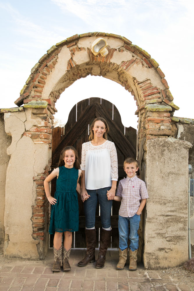 Paso Robles Family Photographer Mission San Miguel053.jpg
