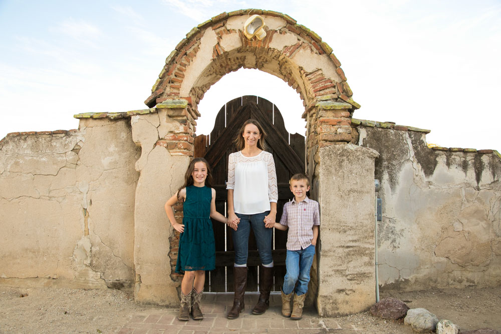 Paso Robles Family Photographer Mission San Miguel054.jpg