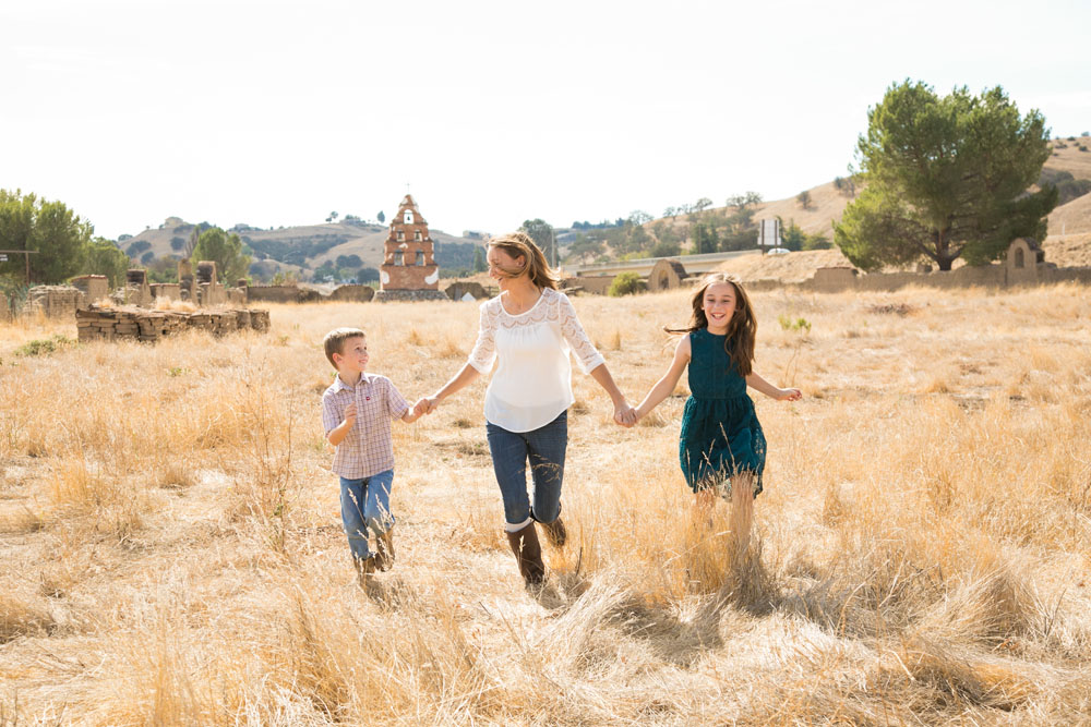 Paso Robles Family Photographer Mission San Miguel067.jpg