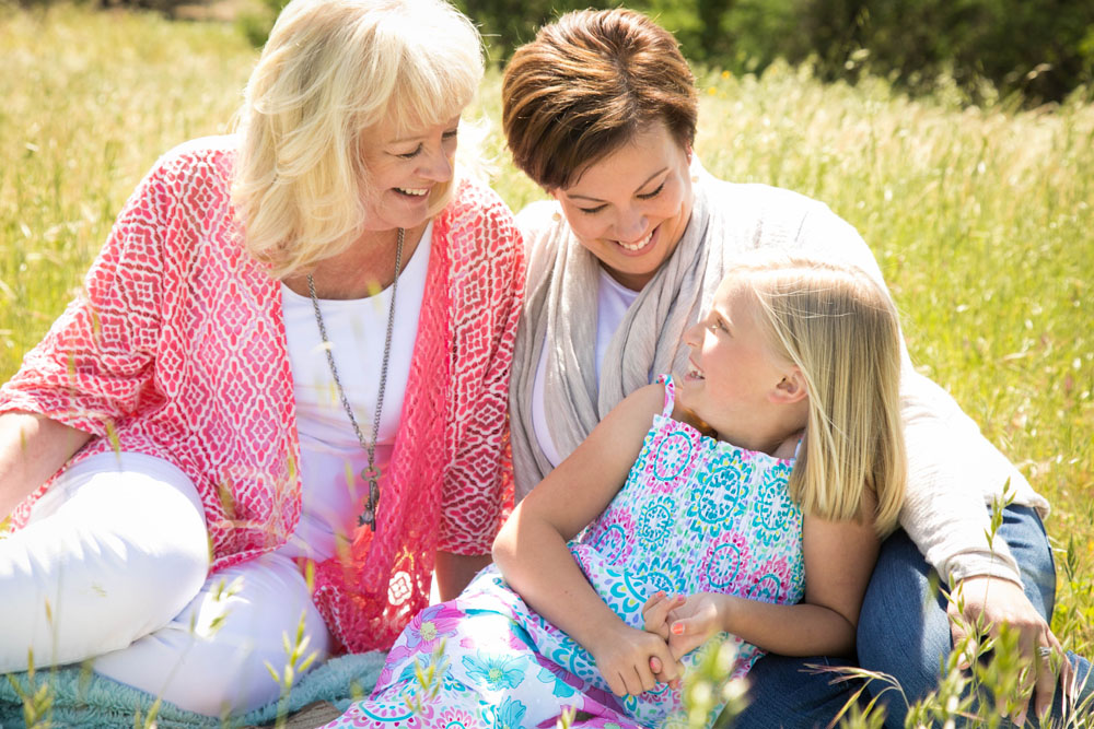 Paso Robles Family Photographer Mother's Day Mini Sessions 089.jpg
