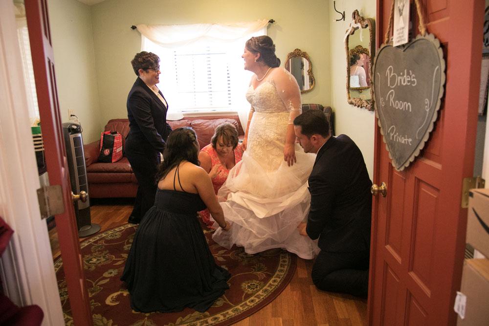 San Luis Obiso Wedding Photographer Edwards Barn 008.jpg