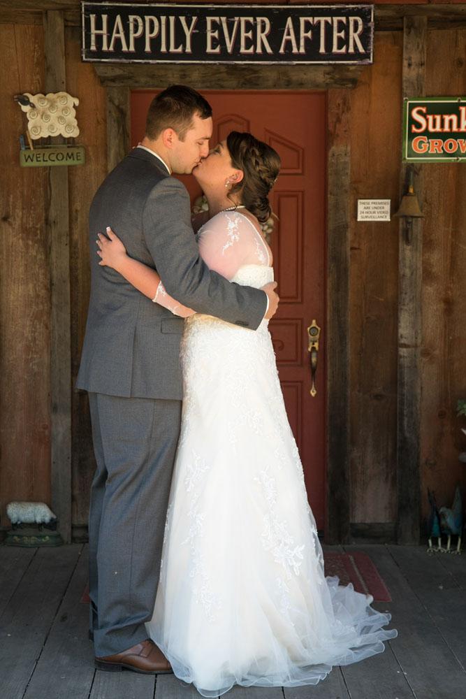 San Luis Obiso Wedding Photographer Edwards Barn 041.jpg
