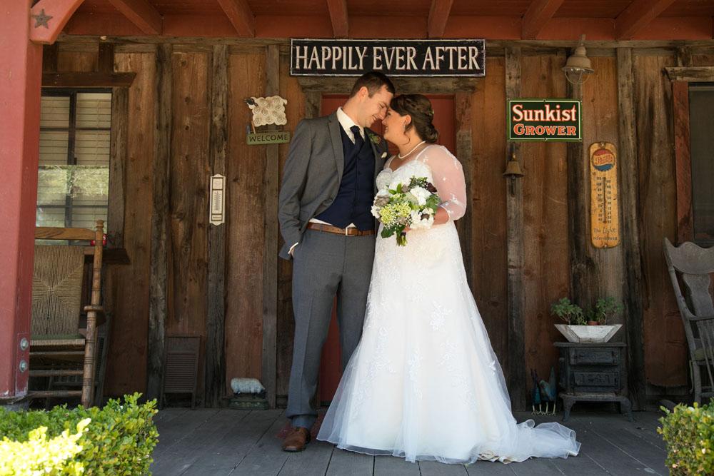 San Luis Obiso Wedding Photographer Edwards Barn 045.jpg