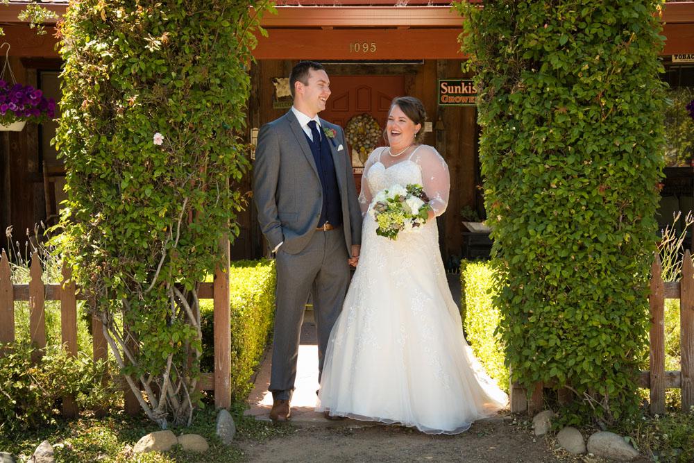 San Luis Obiso Wedding Photographer Edwards Barn 049.jpg