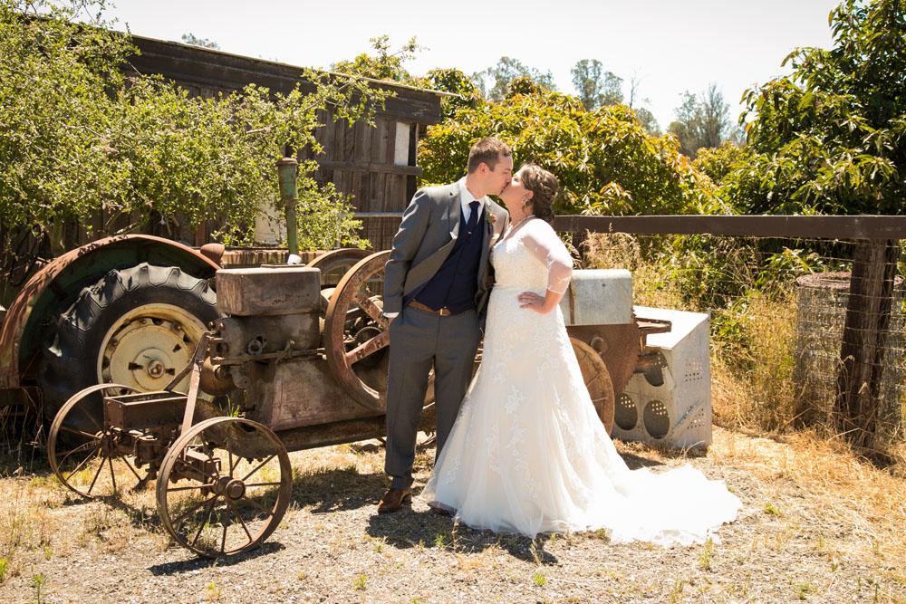 San Luis Obiso Wedding Photographer Edwards Barn 058.jpg
